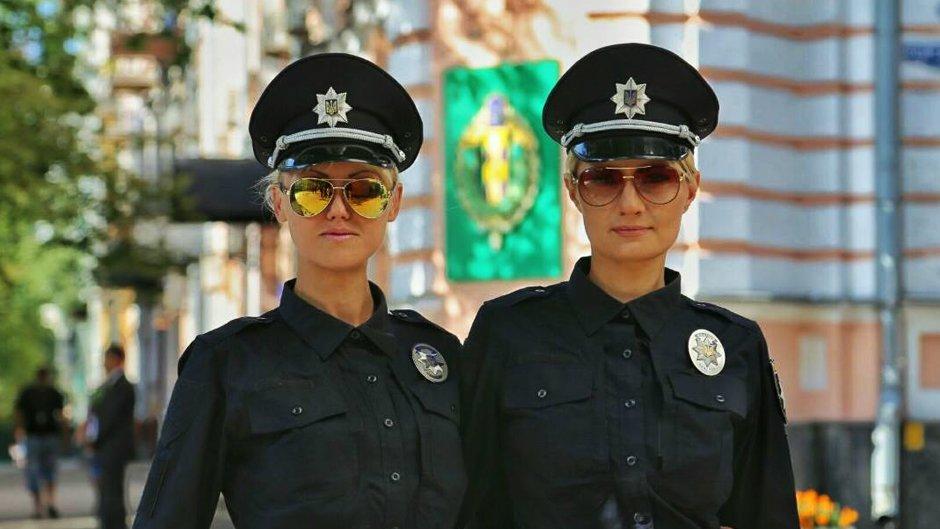 Фото секс полицейских в кабинетах 3 фотография
